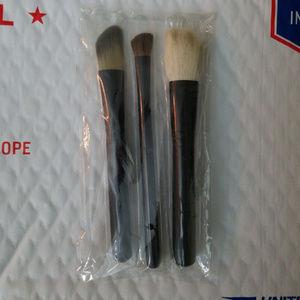 mac 3 mini brush set